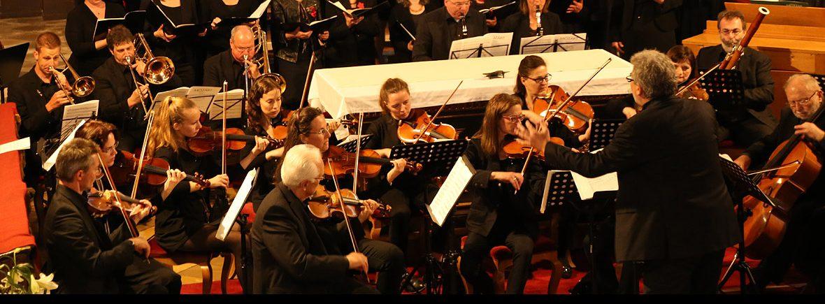 Kammerorchester Dieter Sauer beim Konzert mit Chorisma Pfaffenhofen